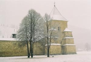 Mânăstirea Suceviţa iarna