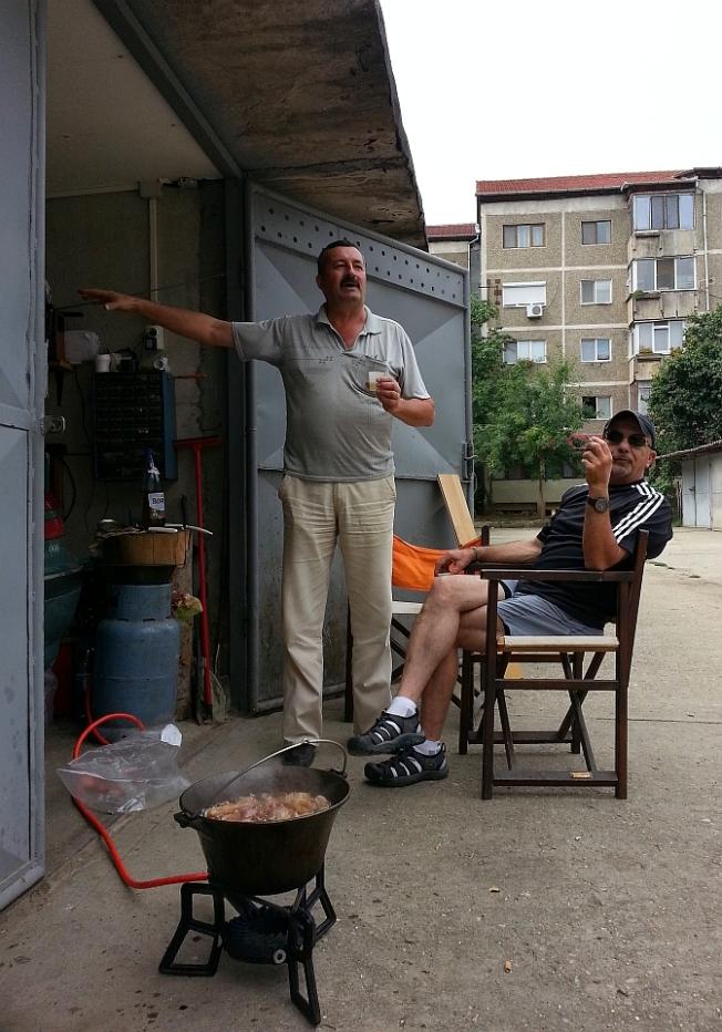 Viata la bloc / Life in the (ex-)communist appartment blocks :-)