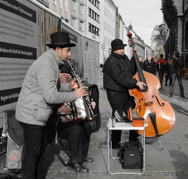 München diverse experimental_2015_3_mic