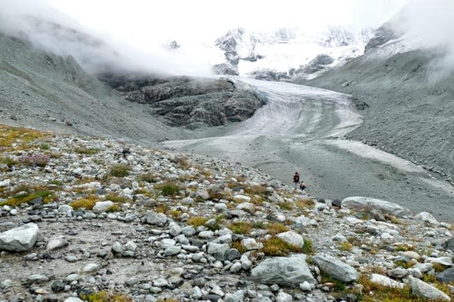 Humbling greatness - Moriy Glacier, VS