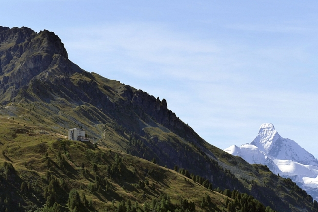 Glorious view of Matterhorn (Mt. Cervin - 4478 m) and Hotel Weisshorn (above St. Luc, VS)